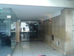 Foto Departamento en Alquiler en  Recoleta ,  Capital Federal  Suipacha al 1100
