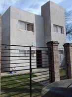 Foto Casa en Venta en  Rosario ,  Santa Fe  Alippi al 8900