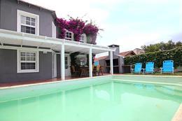 Foto Casa en Venta | Alquiler temporario en  La Barra ,  Maldonado  La Barra, 5 dormitorios, venta y alquiler