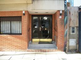 Foto Departamento en Venta en  Villa Ortuzar ,  Capital Federal  Combatientes de Malvinas, Av. al 3400