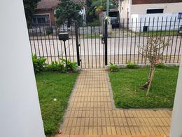 Foto thumbnail Casa en Venta en  Adrogue,  Almirante Brown  Alejandro Molina al 500
