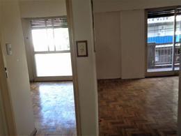 Foto Departamento en Venta en  Almagro ,  Capital Federal  Lambare 1100