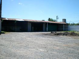 Foto Depósito en Venta en  Tigre,  Tigre  Av. Larralde esquina Santiago del Estero