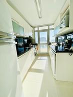 Foto Departamento en Venta en  Playa Mansa,  Punta del Este  Apartamento de 2 dormitorios mas dependencia en SEASONS TOWER
