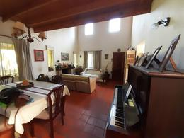 Foto Casa en Venta en  Manzanares,  Pilar  Primer Teniente Pedro J. Bean 692Bean