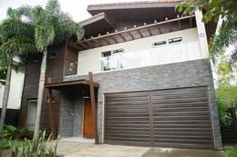 Foto Casa en Venta en  Pozos,  Santa Ana  Lindora/ Moderna/ Golf/ Tenis/ Pet friendly/ Naturaleza/ Seguridad