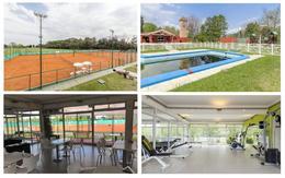 Foto Casa en Venta en  Haras Del Sol,  Countries/B.Cerrado (Pilar)  Casa en venta de gran estilo en Haras del Sol con piscina