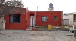 Foto Casa en Venta en  Trelew ,  Chubut  Marconi al 1500