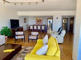 Foto Apartamento en Venta en  Pocitos ,  Montevideo  Avenida Brasil al 3100