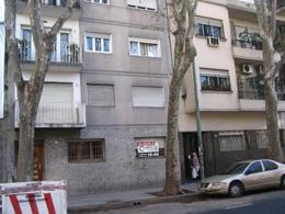 Foto Departamento en Venta en  Palermo ,  Capital Federal  MEDRANO AV. al 1100 entre CORDOBA AV y CABRERA JO