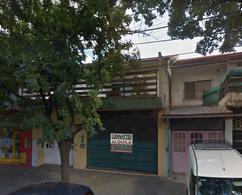 Foto Local en Alquiler en  Moreno ,  G.B.A. Zona Oeste  Local Presidente Perón al al 1200