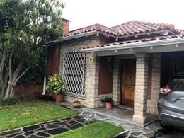Foto Casa en Venta en  Bernal Este,  Quilmes  Pringles 800