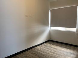 Foto Departamento en Renta en  Piedades,  Santa Ana  Santa Ana/ Moderno/ 2 habitaciones/ Vista