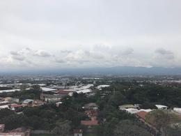 Foto Departamento en Renta en  Uruca,  San José  Vistas del Robledal