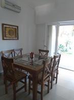 Foto Casa en Venta en  Lomas de Zamora Este,  Lomas De Zamora  Pueyrredon al 400