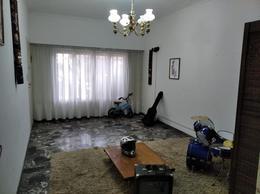 Foto Casa en Venta en  Mart.-Santa Fe/Fleming,  Martinez  CORRIENTES al 1000