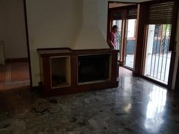 Foto Casa en Venta en  Olivos-Vias/Maipu,  Olivos  Corrientes al 700