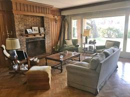 Foto thumbnail Casa en Alquiler en  Carrasco ,  Montevideo  Excelente casa alquiler,  impecable