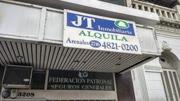 Foto Local en Alquiler en  Flores ,  Capital Federal  J. B. Alberdi 3208