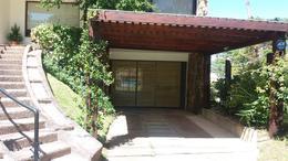 Foto Casa en Venta | Alquiler temporario en  Punta del Este ,  Maldonado  Casa de 3 dormitorios y servicio en alquiler en La Mansa