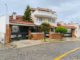 Foto Casa en Venta en  Quito ,  Pichincha  Jardines de Amagasí