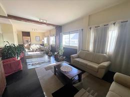 Foto Apartamento en Venta en  Malvín ,  Montevideo  Republica de Chile al 4400