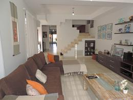 Foto Casa en Venta en  Lanús ,  G.B.A. Zona Sur  Damonte al 1300