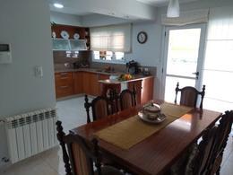 Foto Casa en Venta en  Capital ,  Neuquen  RIVADAVIA al 900