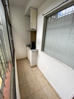 Foto Oficina en Alquiler en  Avellaneda ,  G.B.A. Zona Sur  Montes de Oca 36,  Piso 2º, Oficina B
