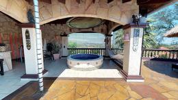 Foto Casa en Venta en  Lambaré ,  Central  Zona Yacht y Golf Club Paraguayo