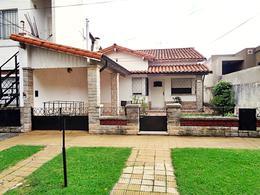Foto Casa en Venta en  Carapachay,  Vicente Lopez  Ramon Castro al 5300