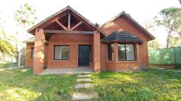 Foto Casa en Venta en  Funes ,  Santa Fe  Lavalle al 1600