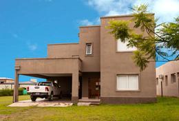 Foto Casa en Venta en  Yerba Buena ,  Tucumán  Divisadero Country