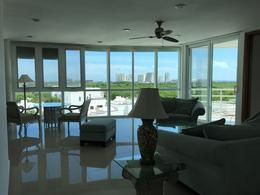 Foto Departamento en Renta en  El Table,  Cancún  Penthouse amueblado en Renta, Cancún, de 2 recámaras, TORRES HUITZILIN, El Table