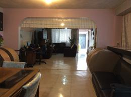 Foto Casa en Venta en  Villa Esmeralda,  Tultitlán  Isla Salomon Zona 1 Mz. 4 LT. 7