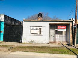 Foto Casa en Venta en  Berisso,  Berisso  Calle 17 N° 3327, Berisso