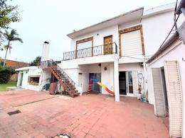 Foto Casa en Venta en  Gualeguaychu,  Gualeguaychu  Av. Del Valle al 1400