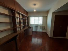 Foto Departamento en Venta en  Centro,  Cordoba Capital  Velez Sarsfield al 200
