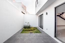 Foto Casa en Venta en  Fraccionamiento Valle Imperial,  Zapopan  Av. Bosque Real 1230 179
