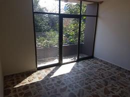 Foto Casa en Venta en  Satélite,  Cuernavaca  Venta de casa sola en la Col. Satélite, Cuernavaca...Clave 2717