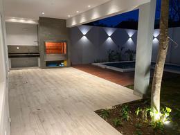 Foto Casa en Venta en  San Jorge,  Santisima Trinidad  Zona Colegio Goethe Schule