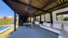 Foto Casa en Venta en  Playa Mansa,  Punta del Este  REPUBLICA ARGENTINA
