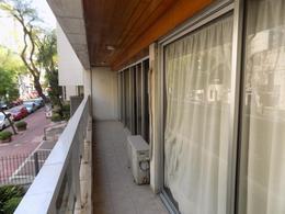 Foto Departamento en Venta en  Pocitos ,  Montevideo  Francisco Vidal y Rambla