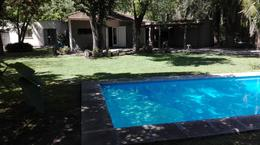 Foto Casa en Venta en  Ingeniero Maschwitz,  Escobar  VENTA | COMODA CASA con Hermoso Jardin y Pileta