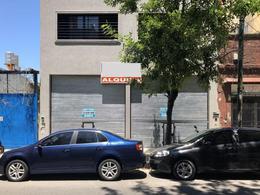 Foto Local en Alquiler en  Flores ,  Capital Federal  MORON 2800
