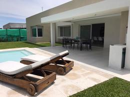 Foto Casa en Alquiler en  Esteban Echeverria ,  G.B.A. Zona Sur  Santa Juana