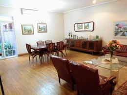 Foto Casa en Venta en  San Miguel De Tucumán,  Capital  Italia 800