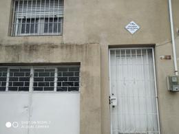 Foto Casa en Venta en  Prado ,  Montevideo  Casa de 2 dormitorios en el Prado