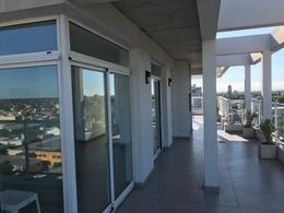 Foto Departamento en Venta en  Banfield,  Lomas De Zamora  Banfield