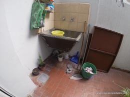 Foto PH en Venta en  Lanús Oeste,  Lanús  CAVOUR 3140
